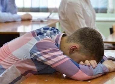"""«Отжался, улыбнулся и упал»: В Ростовской области студент умер после """"отжиманий за опоздание"""""""