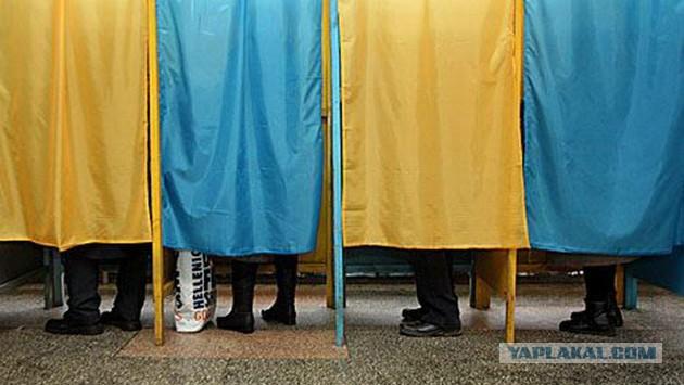 Янукович объявил в Украине досрочные президентские
