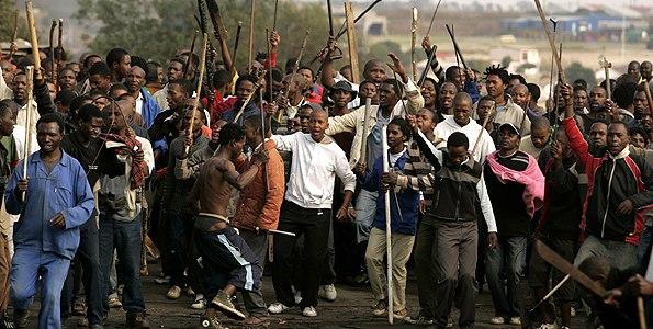 В ЮАР происходит геноцид белого населения