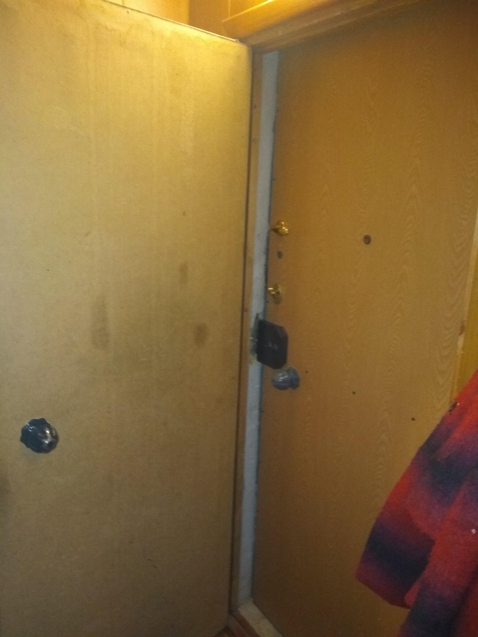 Как сделать рельеф на двери