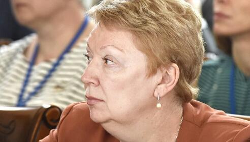 Средняя зарплата учителей выросла до 33,2 тысячи рублей, сообщила Васильева