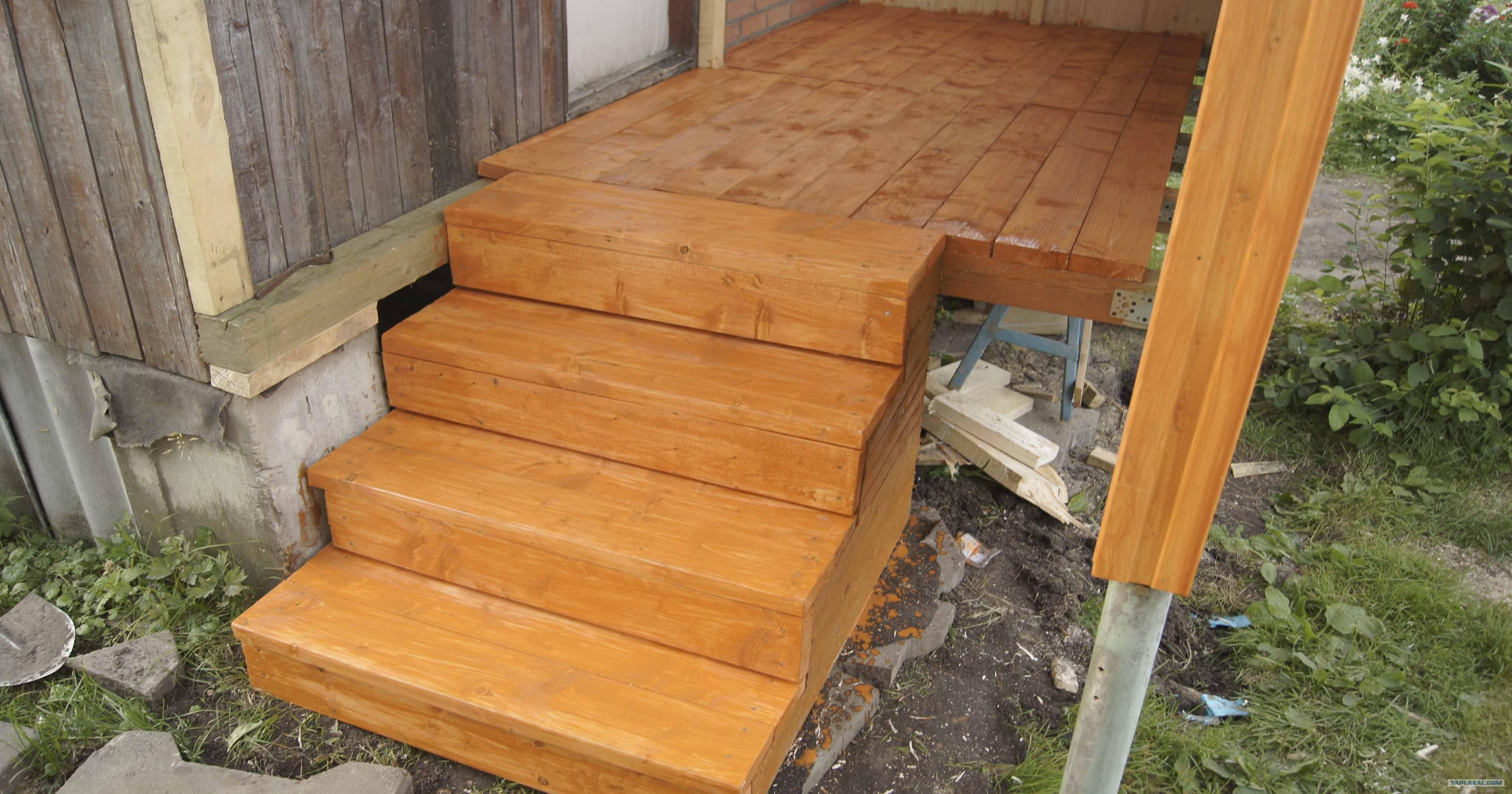 Как построить деревянное крыльцо своими руками: инструкция и 18