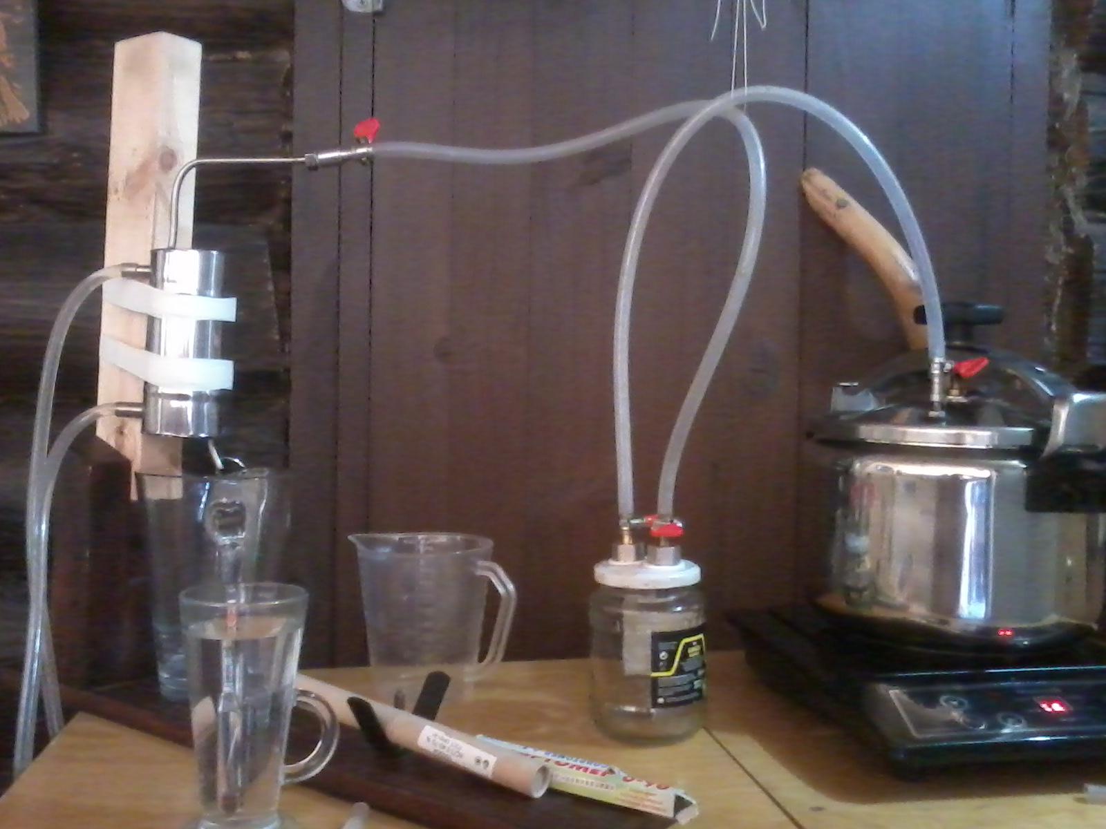 Стеклянный охладитель для самогонного аппарата своими руками