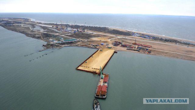 В Киеве объяснили невозможность строительства Крымского моста