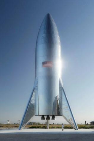 Илон Маск показал первое фото Starship — корабля для межпланетных путешествий SpaceX