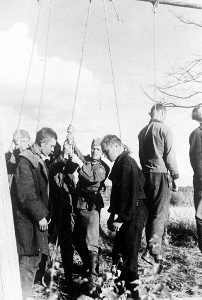 Как действовали айнзацкоманды на территории оккупированного СССР