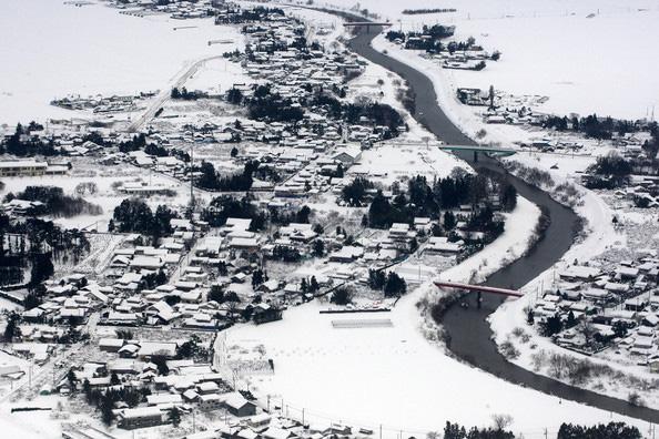 Снегопады в северной Японии показали норов