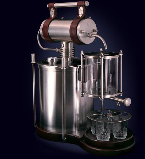 Так наш напиток тоже из самовара, только более сложной конструкции.