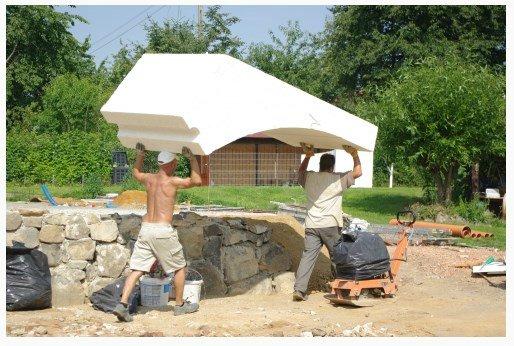 Как построить дешевый дом из пенопласта