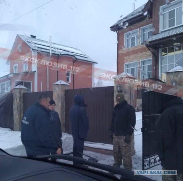 В домах главы МЧС Кемеровской области Александра Мамонтова прошли обыски