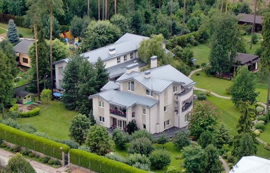 У замглавы администрации президента Сергея Кириенко нашли поместье за миллиард рублей