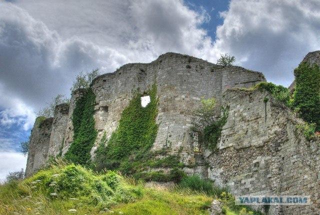 Сенсационная находка в замке Шато-Гайар