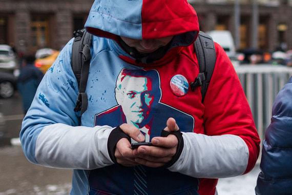 Навальный подал всуднаРоскомнадзор