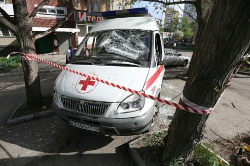 В Челябинске полицейский открыл стрельбу по хулигану, разгромившему «скорую»