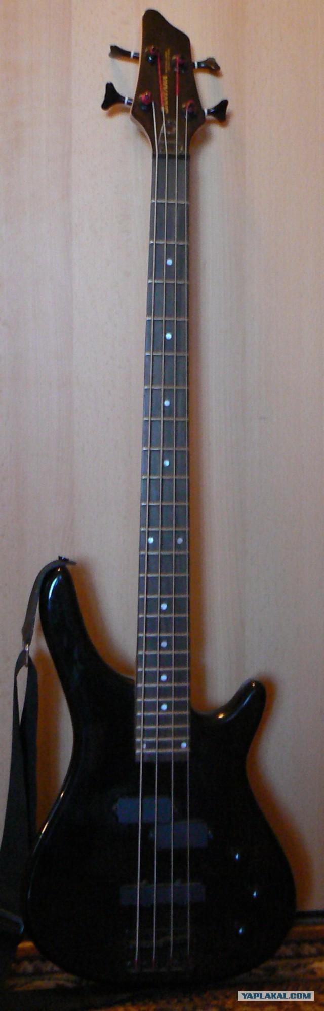 Бас гитара (Santana;пр-во Корея)