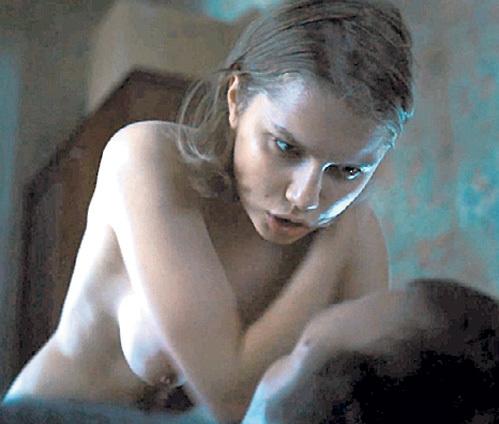eroticheskie-fotografii-anastasii-melnikovoy