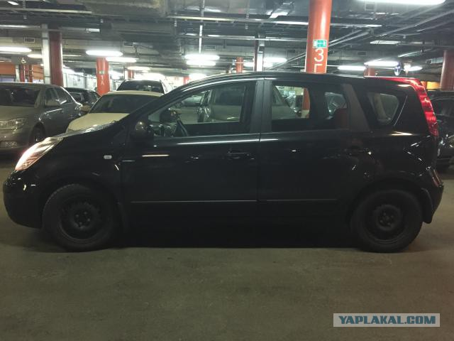 Продаю машину Nissan Note 310000. Москва.