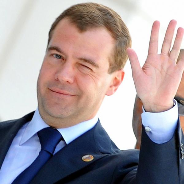 Медведев: характер изменений в пенсионную систему согласован властью и обществом