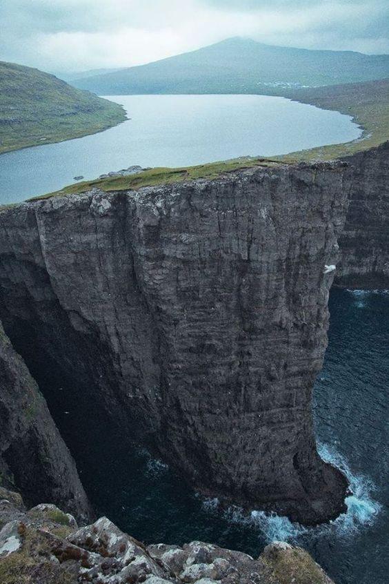 Несколько примечательных  мест нашей планеты