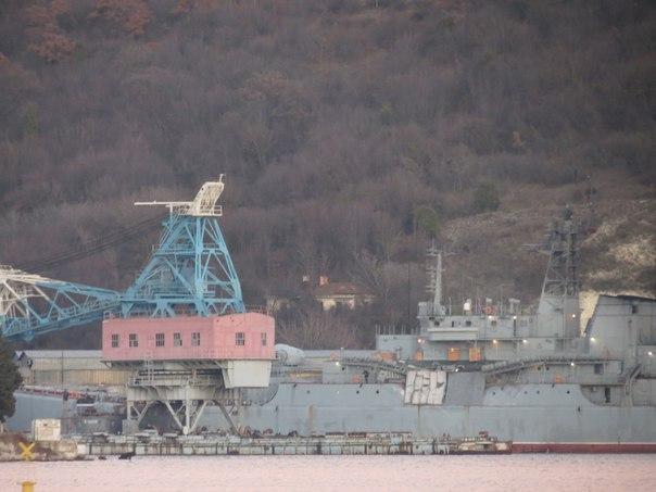 Сухогруз из Сьерра-Леоне 30 декабря столкнулся с десантным кораблём «Ямал» в Эгейском море