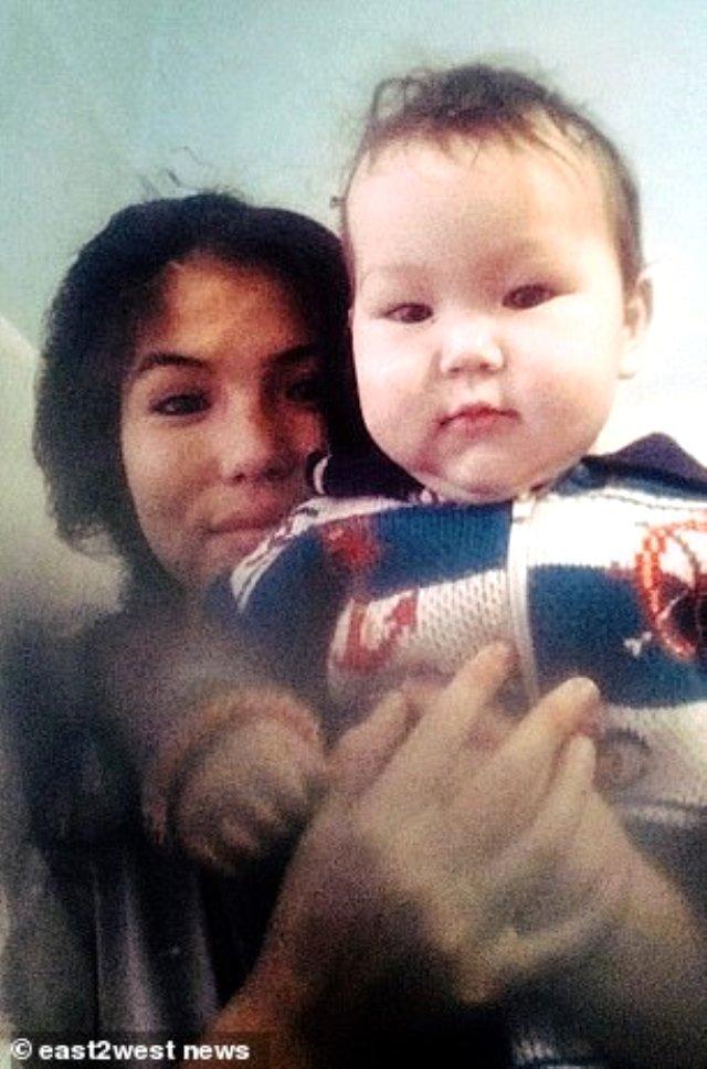 В Хакасии бабушка и дедушка сожгли в печи 11-месячного внука