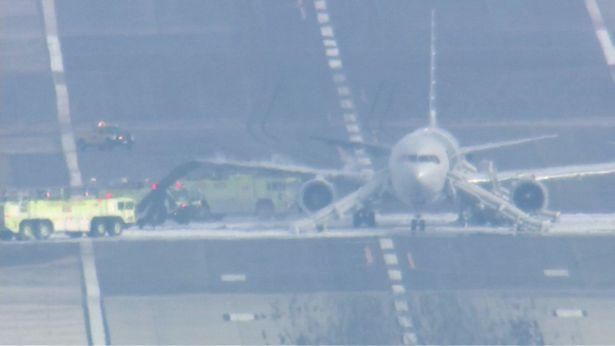 Во время вылета из аэропорта Чикаго,загорелся Boeing 767-323(ER)