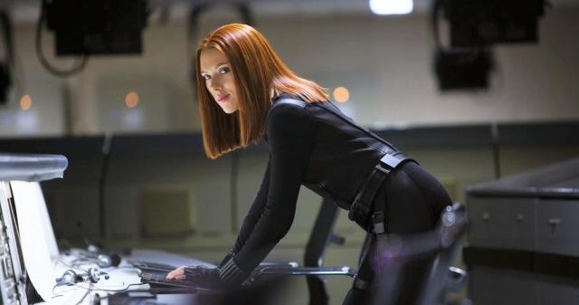 На съёмки четвёртых «Мстителей» потребовалась дублёрша, зад которой хорошо смотрится в легинсах