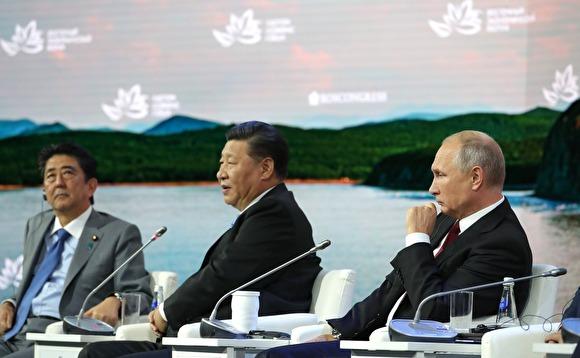 СМИ: Абэ предложит Путину ускорить переговоры поКурилам