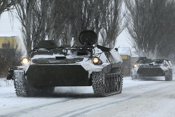 Военная колонна обнаружена между ДНР и ЛНР