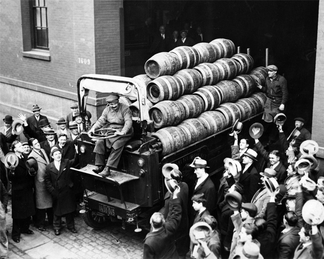 a history of alcohol transport across the detroit river during prohibition Rum-running in windsor, ontario, canada, was a major activity in the early part of the 20th century in 1916, the state of michigan, in the united states, banned the sale of alcohol, three years before prohibition became the national law in 1919.