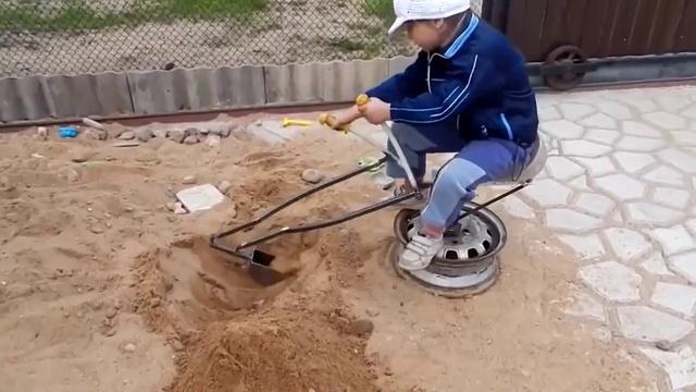 Как сделать мини-экскаватор своими руками
