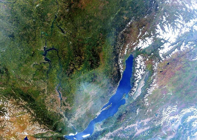 أعمق بحيرة مياه عذبة في العالم post-3-1230888522750