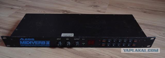 Продается процессор эффектов Alesis Midiverb II