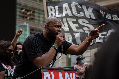 Лидер чернокожих активистов пригрозил «сжечь США»