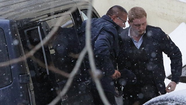 Следствие просит заключить Улюкаева под домашний арест