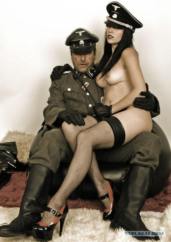 Немецкие офицеры и итальянские шлюхи порно online