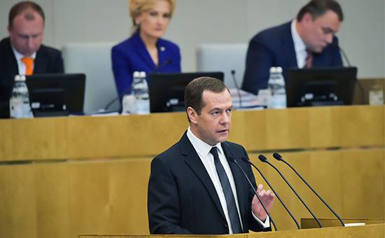 Медведев пообещал на выборах президента «серьезную борьбу»