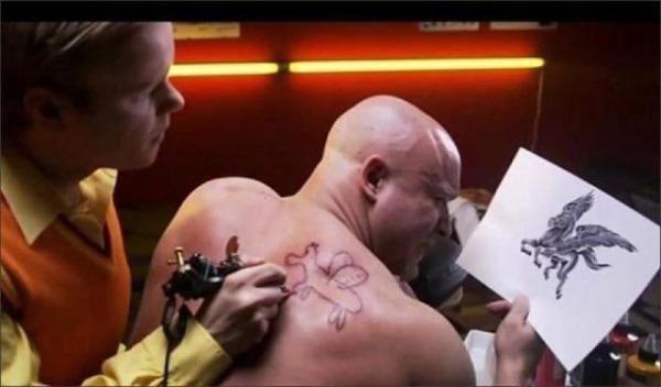 Perché si ricorre al tatuaggio? 3486029