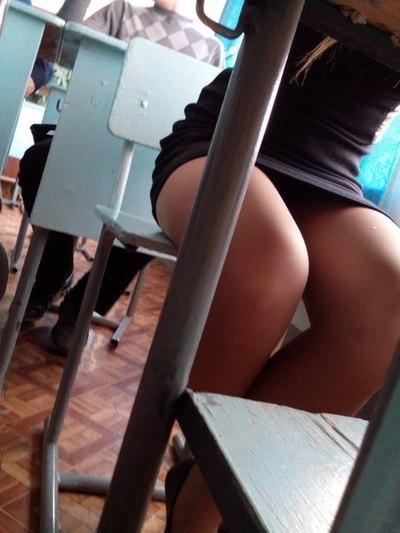 Фото учительница в мини юбке фото 672-266