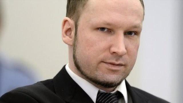 Брейвик отсудил у Норвегии 331 тысячу крон за бесчеловечное содержание в тюрьме