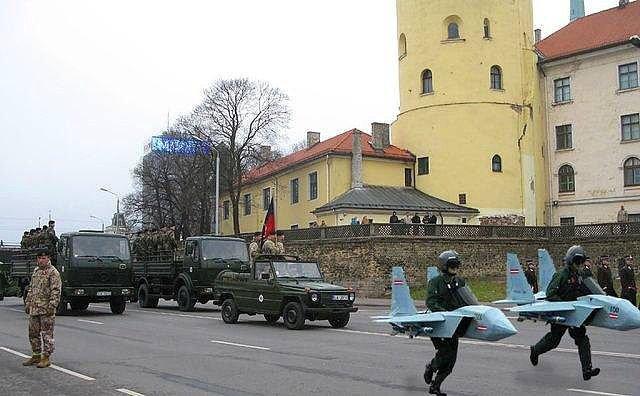 В Литве издали новую версию брошюры о том, как защититься от России