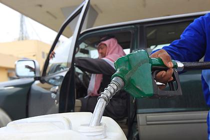 Саудовская Аравия пригрозила обвалить доллар
