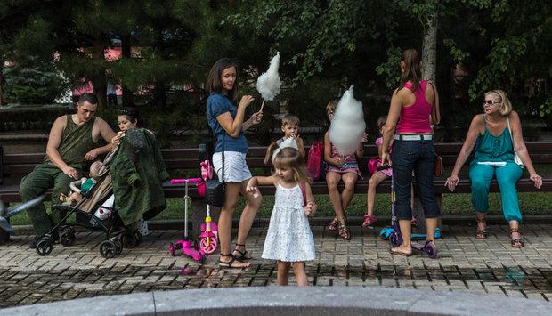 ДНР: свои курорты, свои телепередачи, но валюта - российская. Большой репортаж с Донбасса