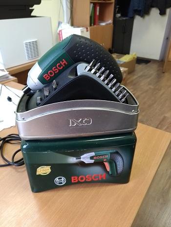 Аккумуляторная отвертка bosch IXO 2