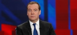 Медведев связал падение доходов с «ощущениями» в головах у россиян