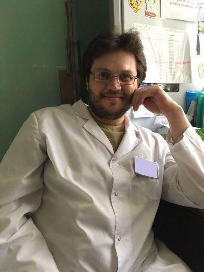 На Урале в больнице врачом работал мужчина, 20 лет назад расчленивший сверстника и выпивший его кровь