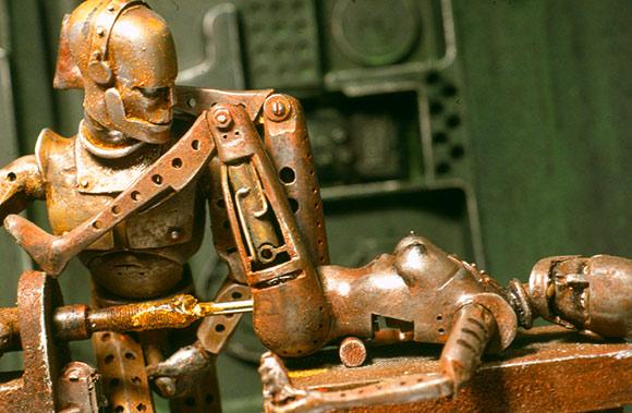 Робот трахает бабу нужно