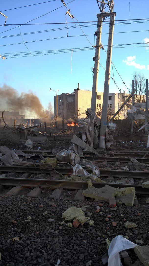 Очевидцы сообщают о сильном взрыве под Петербургом