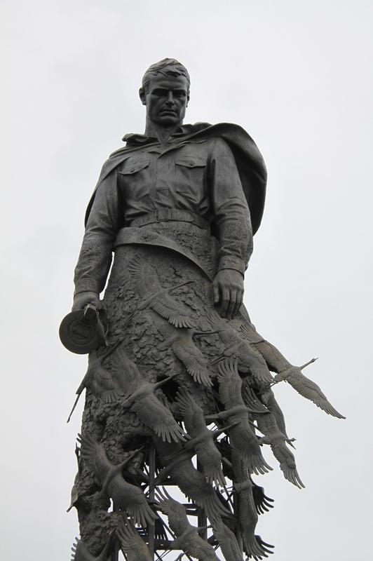 Мемориалы у Ржева, Волоколамска