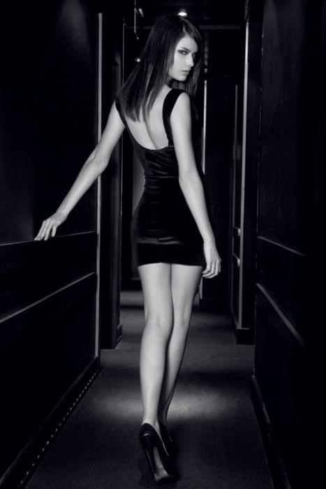 Красивые девушки, красивые ножки
